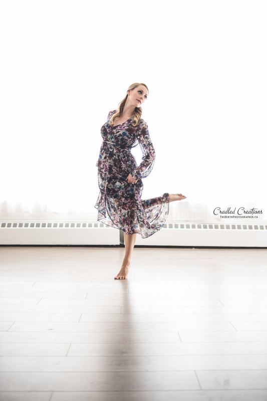Maternity Photo of Dancer